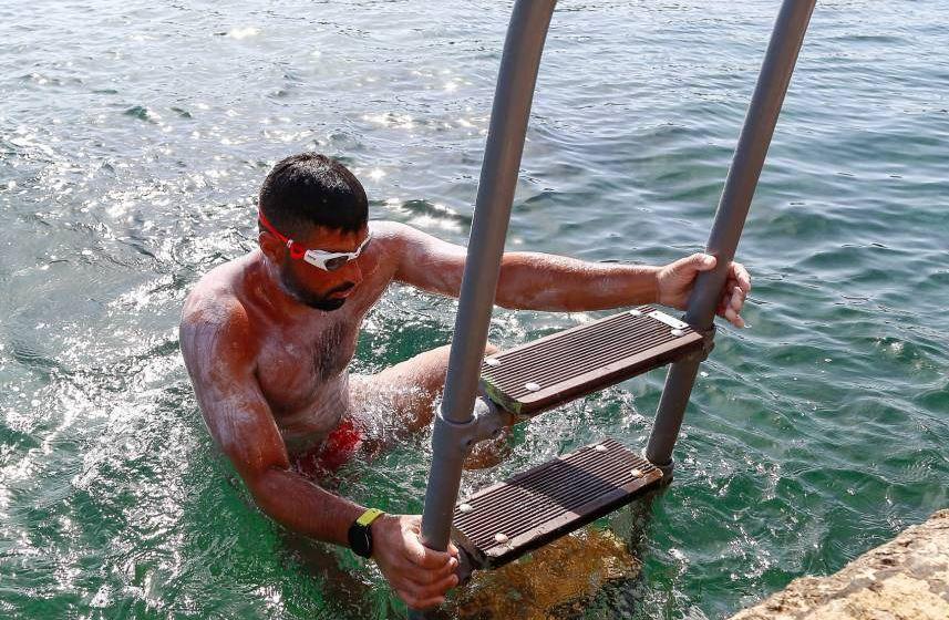 Local swimmer completes epic Sicily-Malta swim in record-breaking time